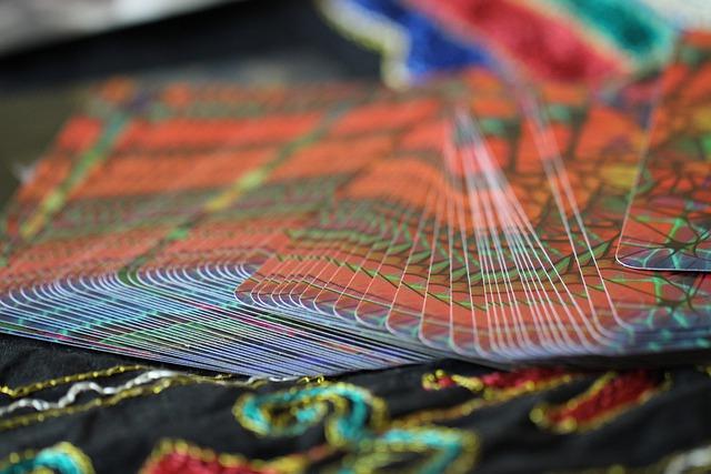 Quelles sont les alternatives du tarot divinatoire?